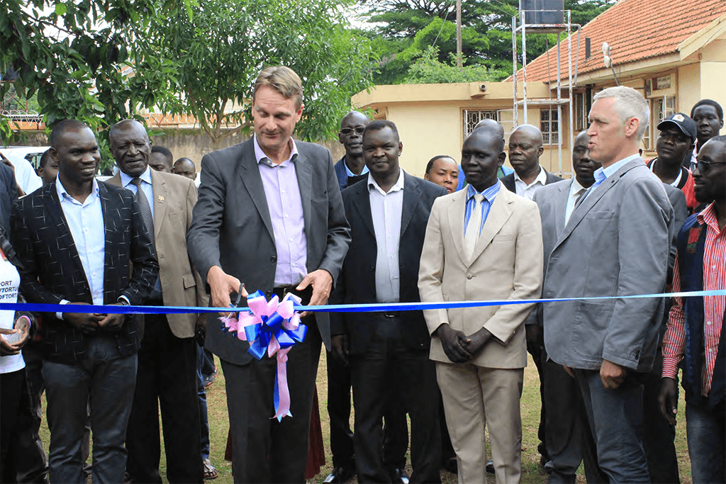 Chief Guest H.E Henk Jan Bakker officially opens the Innovation Centre in Gulu