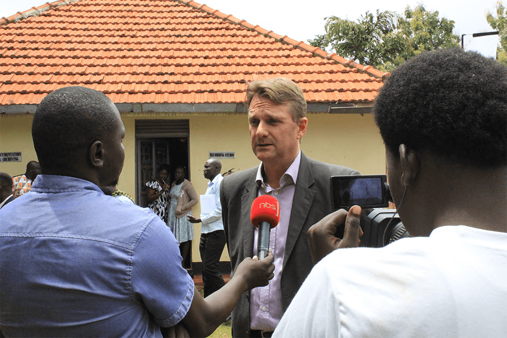 Chief Guest H.E Henk Jan Bakker talking to the media